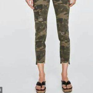 Zara distressed Camo skinny jeans